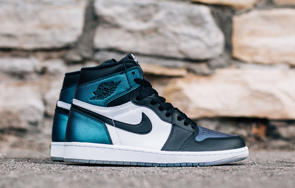 Air Jordan 1 will be a star among sneaker stars for NBA All-Star Weekend.  The timeless classic joins Air Jordan 6 and Air Jordan 31 as a three-shoe  pack of ... 54d395fda52b