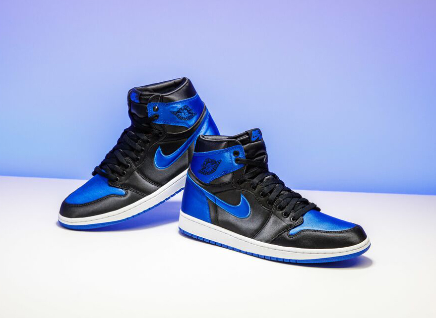air-jordan-1-royal-satin-15