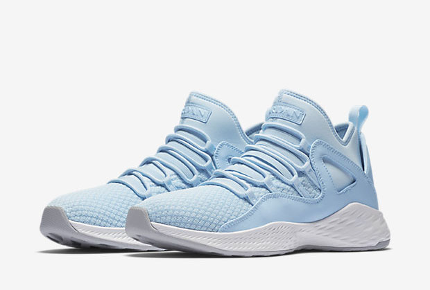"""593991d3149174 While not officially """"University Blue"""" – the code name for Carolina Blue –  the new Jordan Formula 23 """"Ice Blue"""" definitely has that UNC look. The Ai."""