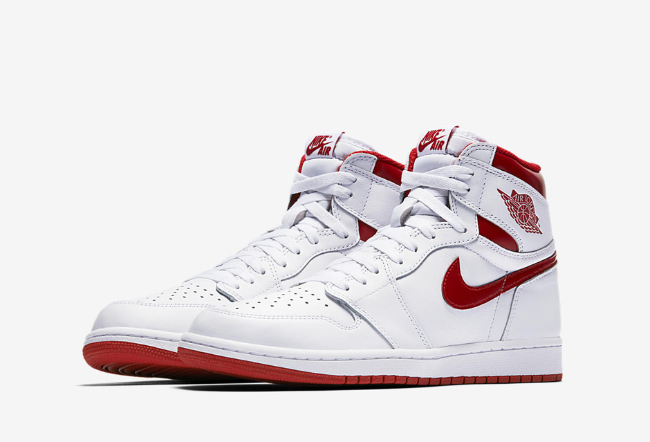 air-jordan-1-metallic-red-og-2
